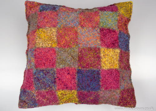 Quilt weaver cushion